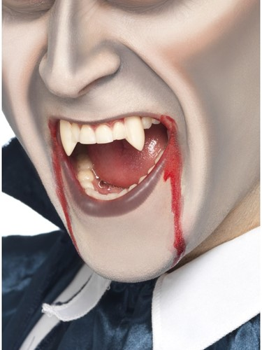 Bloed + Tanden Vampier