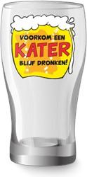 Bier glasVoorkom een kater blijf dronken
